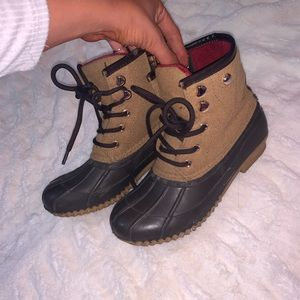 Tommy Hilfiger Winter Duck Boots